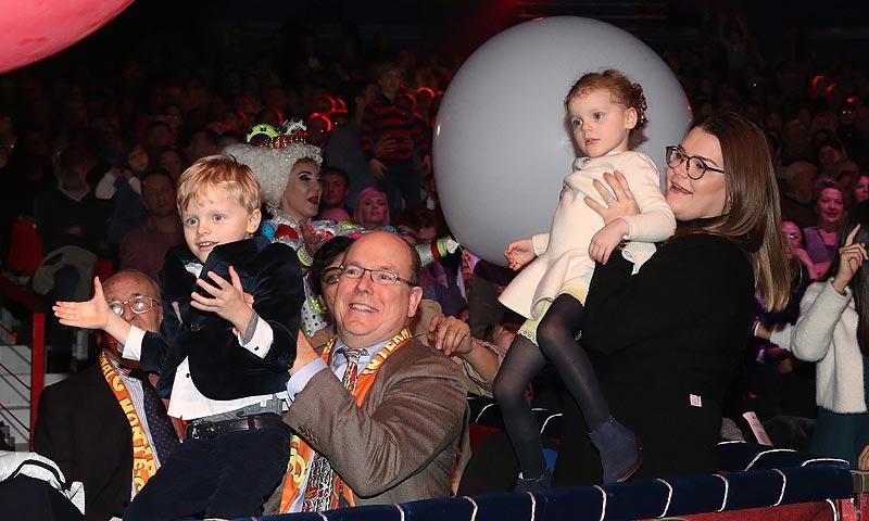 ¡Pasen y vean! Jacques y Gabriella de Mónaco, dos pequeños equilibristas en el circo