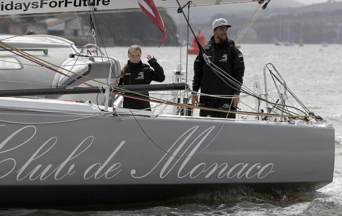 Greta y Pierre se embarcan juntos