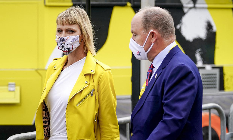 Alberto y Charlene de Mónaco, dos entusiastas del deporte en el arranque del Tour de Francia