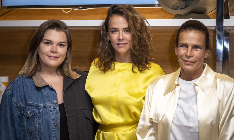 FOTOGALERÍA: Estefanía de Mónaco y Camille Gottlieb arropan a Pauline en la inauguración de su tienda