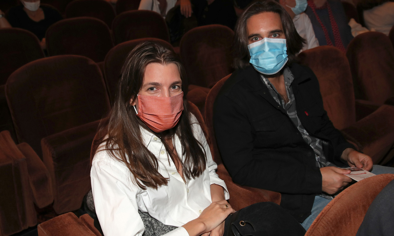 Casi logran pasar desapercibidos: Carlota Casiraghi y Dimitri Rassam reaparecen en París