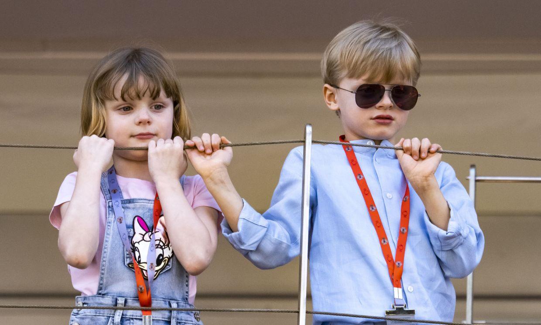 ¡Muy mayores pero igual de traviesos! Las simpáticas imágenes de Jacques y Gabriella en una cita deportiva