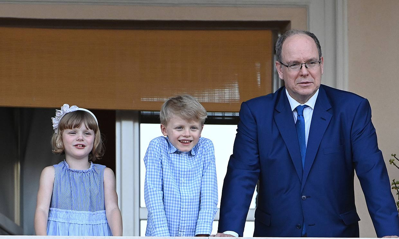 Alberto de Mónaco y sus hijos ya están en el Principado tras visitar a Charlene en Sudáfrica