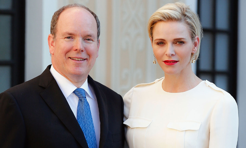 El príncipe Alberto arroja luz sobre la vuelta de Charlene a Mónaco