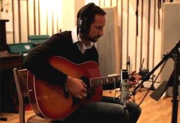 Y a la guitarra el príncipe Haakon... Noruega se prepara para un original concierto navideño