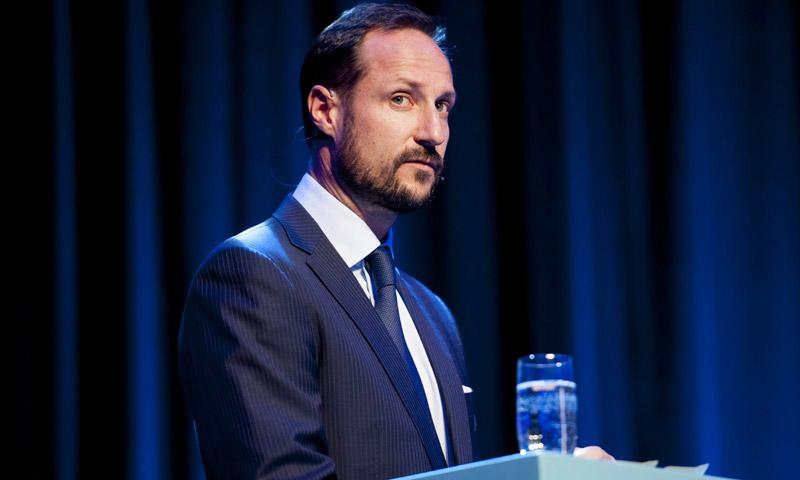 Haakon de Noruega asume su responsabilidad por unas irregularidades financieras