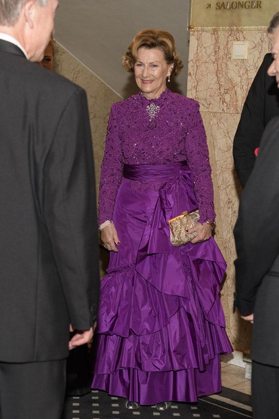 Perfecto Vestido De Novia De La Reina Victoria Fotos - Ideas de ...