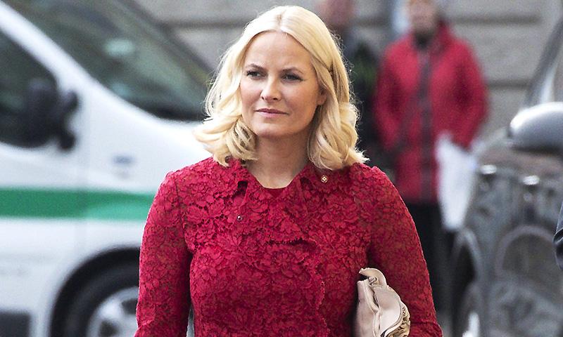 Mette-Marit de Noruega padece fibrosis pulmonar