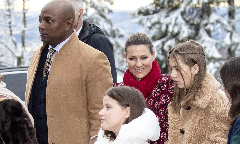 La razón por la que las hijas de Marta Luisa de Noruega no estaban en casa en la visita de Durek Verret