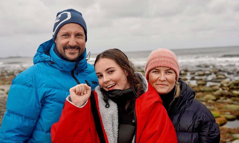 ¡Una princesa muy deportista! Ingrid Alexandra de Noruega gana un campeonato de surf
