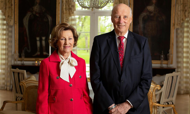 Los reyes Harald y Sonia de Noruega, en cuarentena por un caso cercano de coronavirus