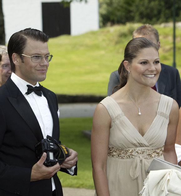 La boda de la princesa Victoria tampoco será en 2009, para desdicha de la princesa Magdalena