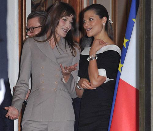 Carla Bruni y Victoria de Suecia