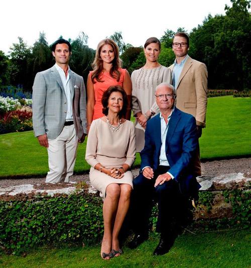La Familia Real sueca nos felicita el Año Nuevo y recuerda el 2011 como un año difícil