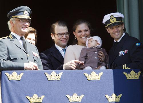 La princesa Estelle aparece por primera vez en un acto oficial de la Casa Real sueca
