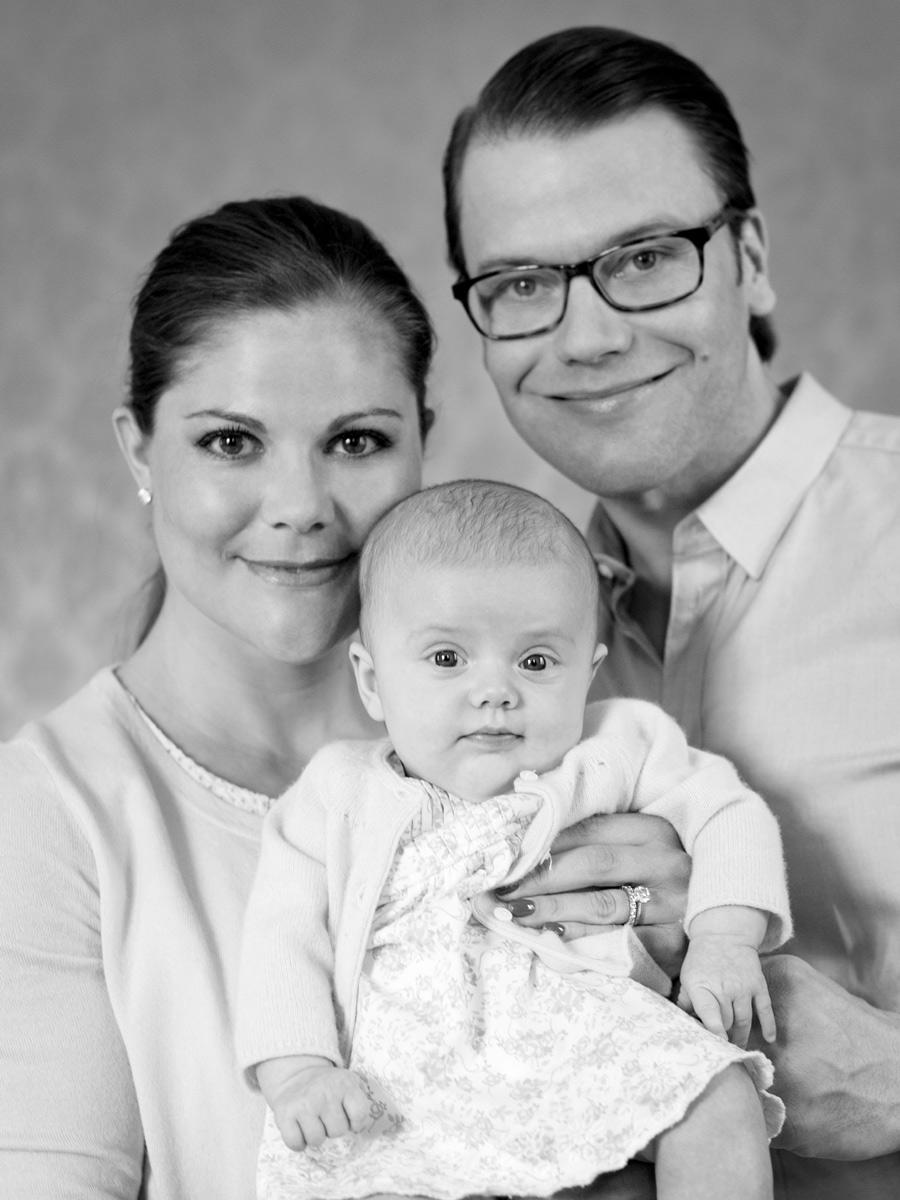 A cuatro días de su bautizo, la Casa Real Sueca publica nuevas fotos de la princesa Estelle