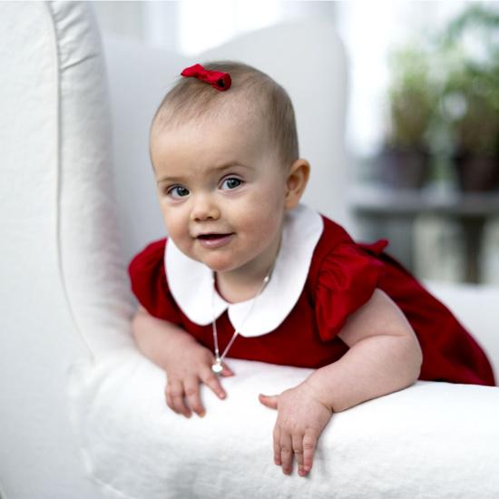 La princesa Estelle nos desea una feliz Navidad