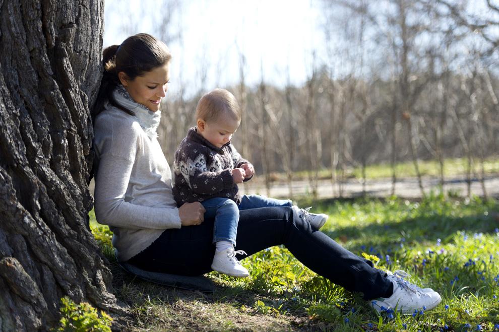 Las Imágenes Más Tiernas De Victoria De Suecia Con Su Hija La
