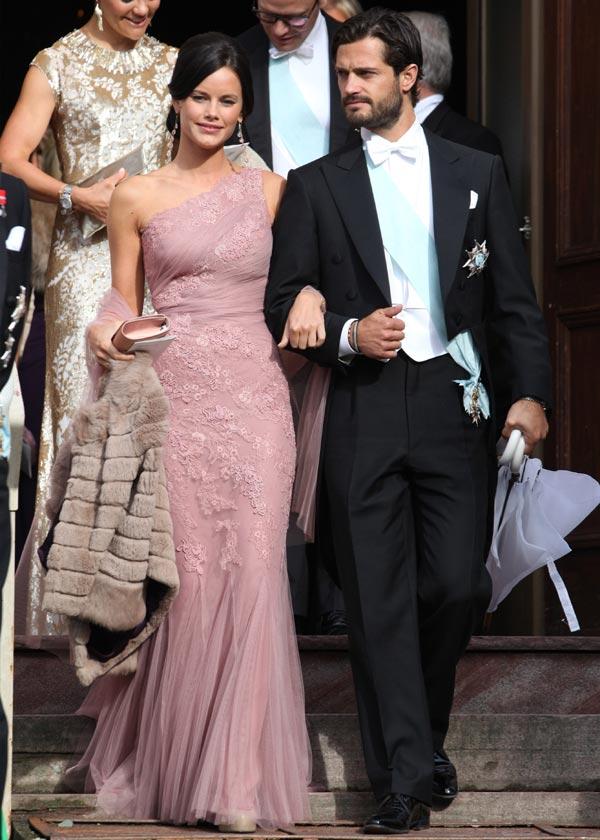 Excepcional Princesa Kate Coste Del Vestido De Boda Bandera - Ideas ...
