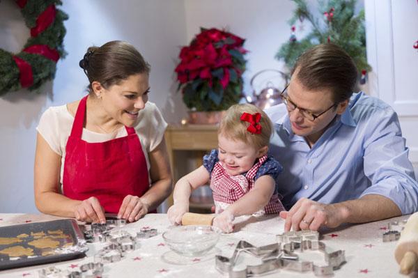 Estelle de Suecia lleva la Navidad a Palacio