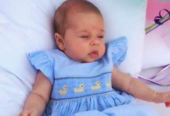 La hija de la princesa Magdalena felicita a su abuelo por su cumpleaños