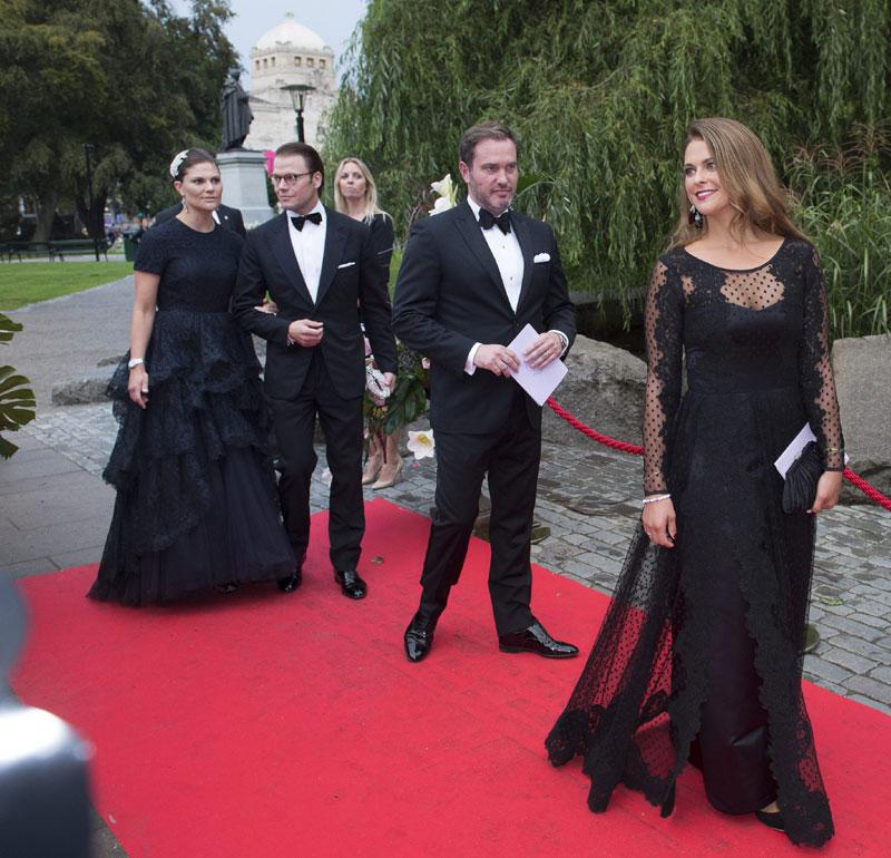 Victoria y Magdalena de Suecia: la elegancia de la solidaridad