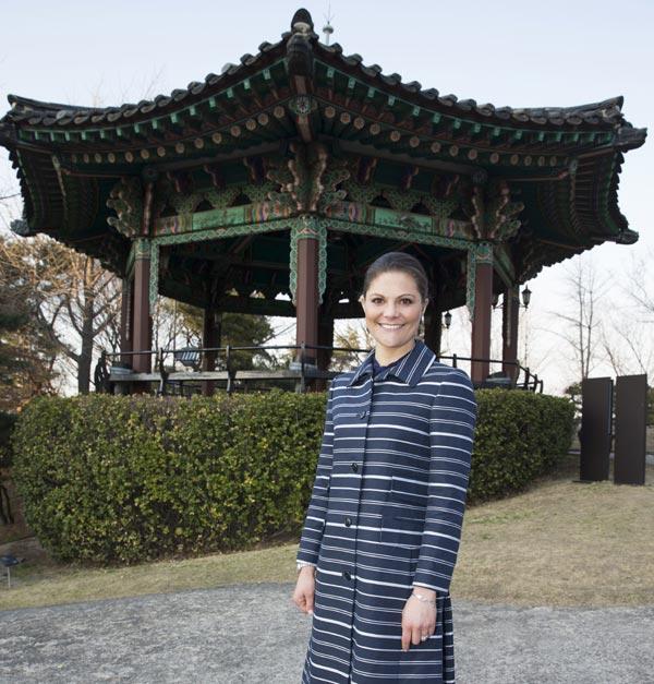 Compromiso y solidaridad, la combinación ganadora de los príncipes Victoria y Daniel de Suecia en Corea del Sur