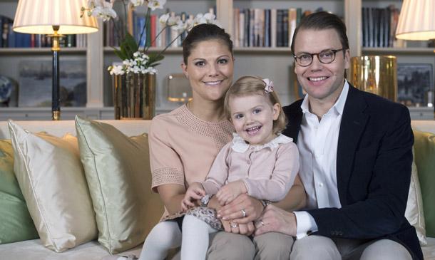 Los príncipes Victoria y Daniel de Suecia esperan su segundo hijo