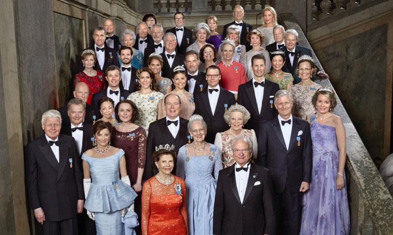 Quién es quién en el retrato oficial del 70º cumpleaños de Carlos Gustavo de Suecia