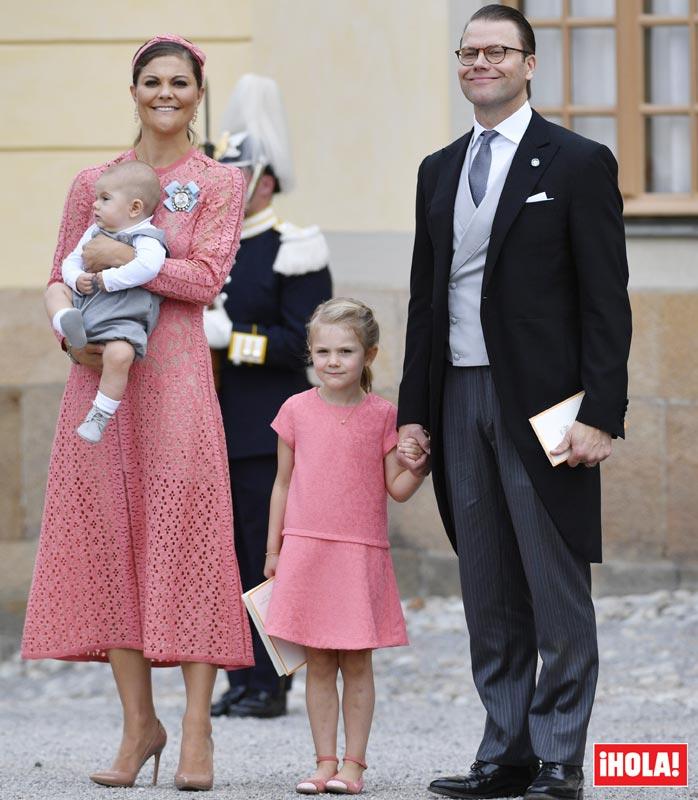 Victoria de Suecia, su \'mini yo\' y otras coincidencias en el bautizo ...