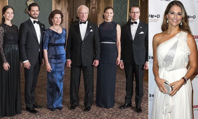 ¿Dónde estaba la princesa Magdalena mientras la Familia Real de Suecia asistía a una cena de gala?