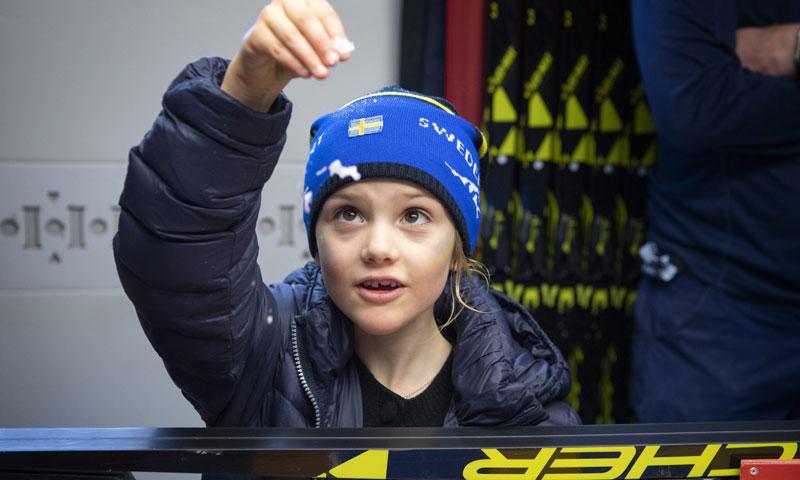 FOTOGALERÍA: Estelle de Suecia se cuela en los 'talleres' del campeonato mundial de biatlón
