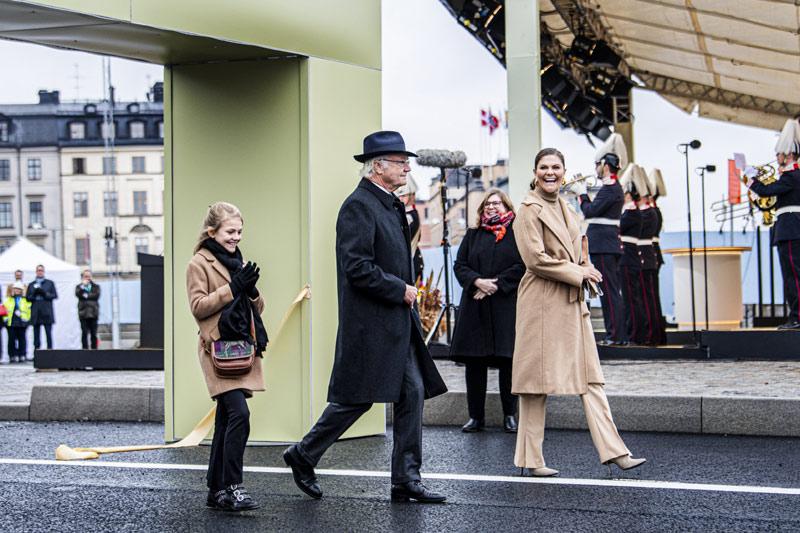 Carlos Gustavao, Victoria y Estelle de Suecia
