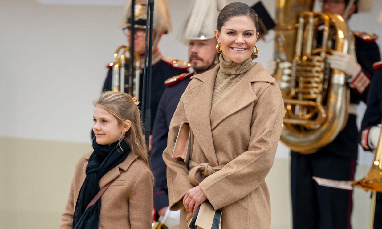 La estilosa aparición de Estelle de Suecia imitando a mamá