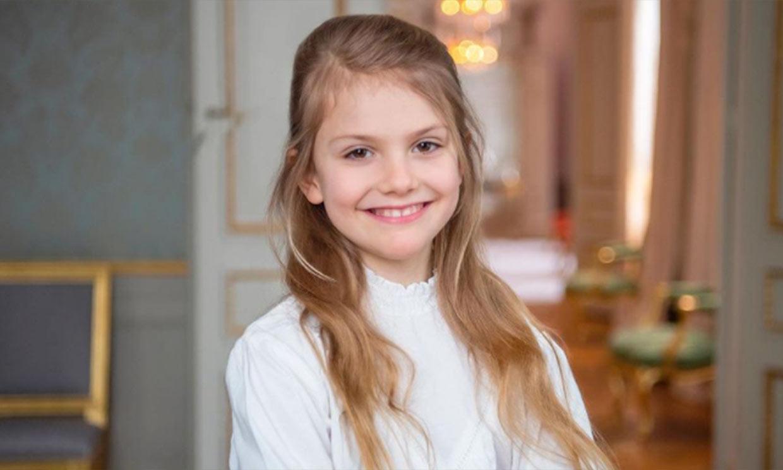 En casa, con su hermano y su mascota: las fotos de Estelle de Suecia en su noveno cumpleaños
