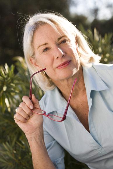 ¿Tienen las mujeres de más de 50 años más problemas oculares?