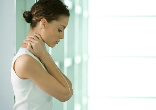 ¿Tienes dolor en la zona cervical?