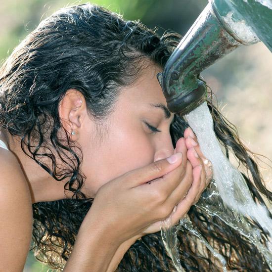Calambres, agotamiento... Toma nota de los efectos más perjudiciales del calor
