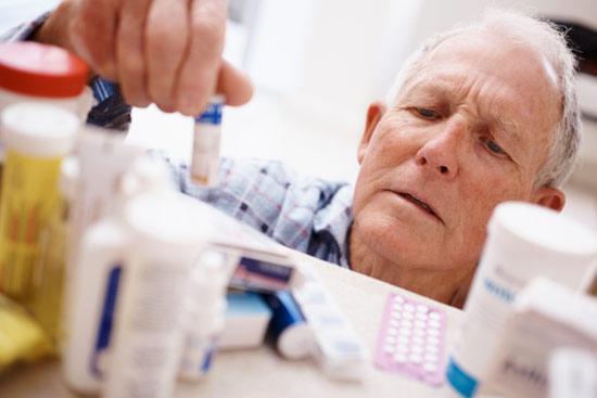 Ancianos y fármacos: consejos para una medicación segura y eficaz
