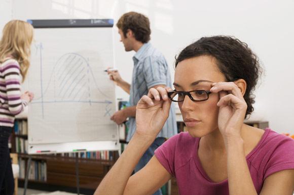 Vuelta al trabajo… ¿cómo les afecta a tus ojos?