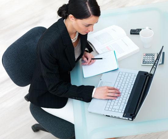 Dolor de espalda uno de los 39 efectos secundarios 39 del for Recomendaciones ergonomicas para trabajo en oficina