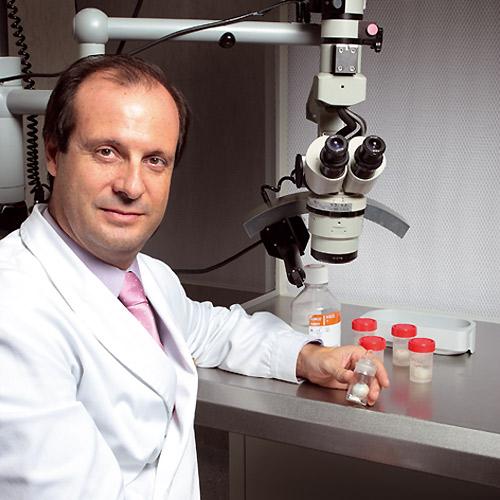 Doctor Juan Pedro Alvarez de Toledo: 'Aunque muchas enfermedades oculares pueden presentarse a cualquier edad, es cierto que cada una tiene unas patologías típicas'