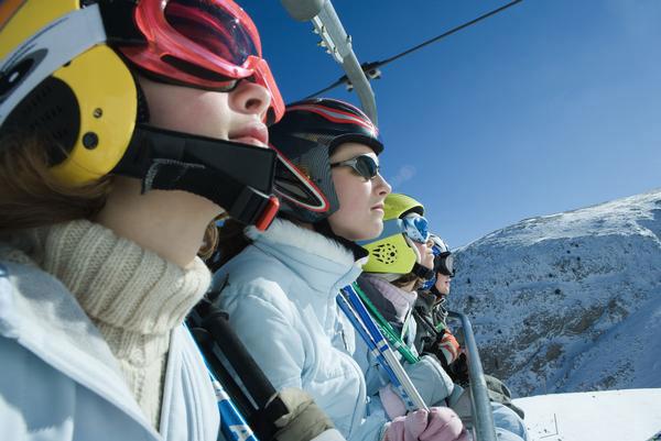 Si vas a esquiar, ¡no te olvides las gafas de sol!