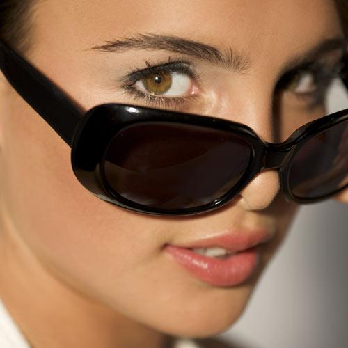 ¿Cómo les afecta el verano a tus ojos?