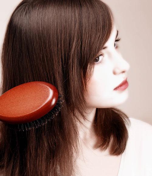 El aceite cosmético para el refuerzo de los cabello