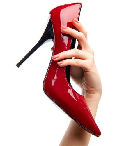 Elige tus zapatos de fiesta… sin olvidar la salud de tus pies