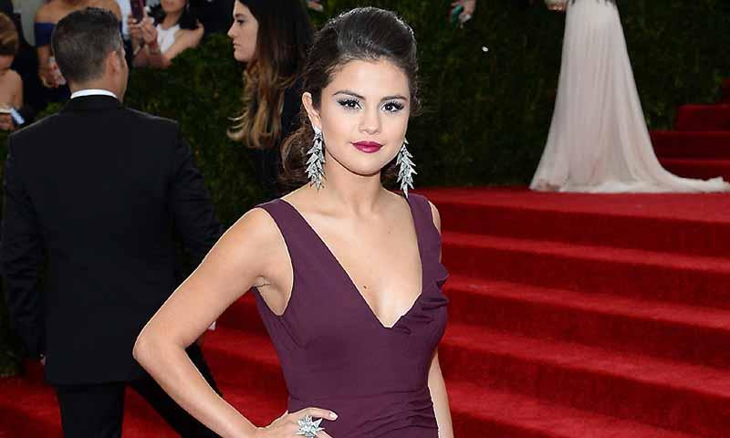¿Sabes qué es el lupus, la enfermedad que ha obligado a Selena Gomez a retirarse temporalmente de los escenarios?