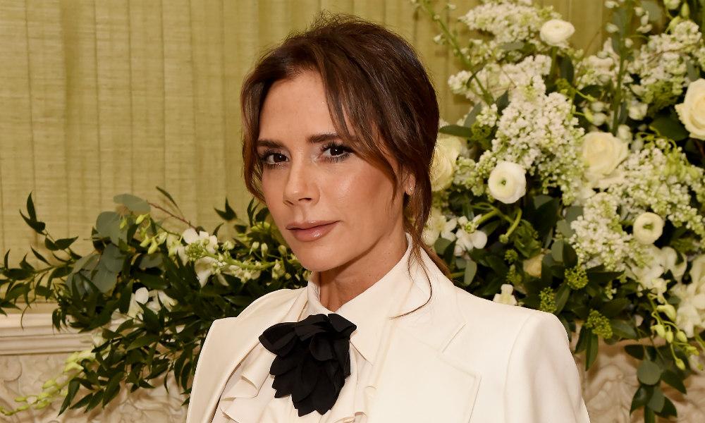 Renueva tu tocador con los cosméticos favoritos de Victoria Beckham y consigue una piel radiante