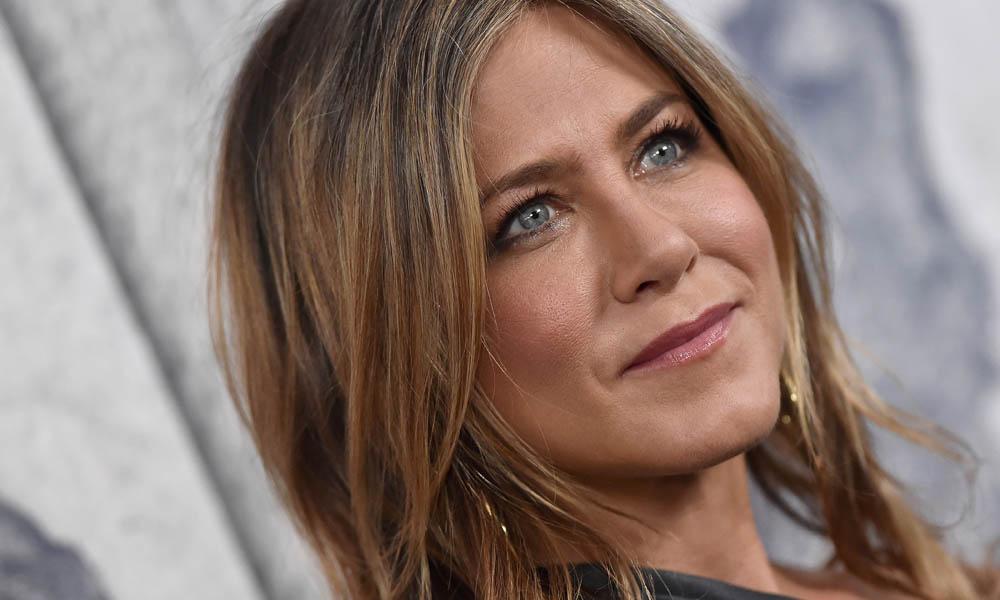 El masajeador facial de Jennifer Aniston y otros modelos con efecto antiedad que triunfan entre las 'celebrities'
