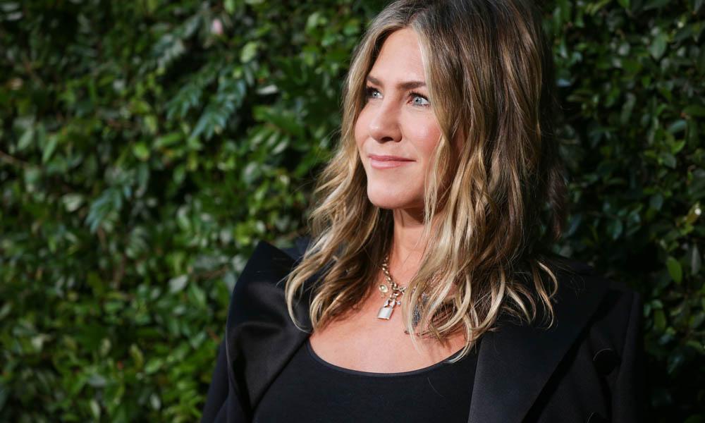 El spray de volumen para cabellos finos de Jennifer Aniston está rebajado